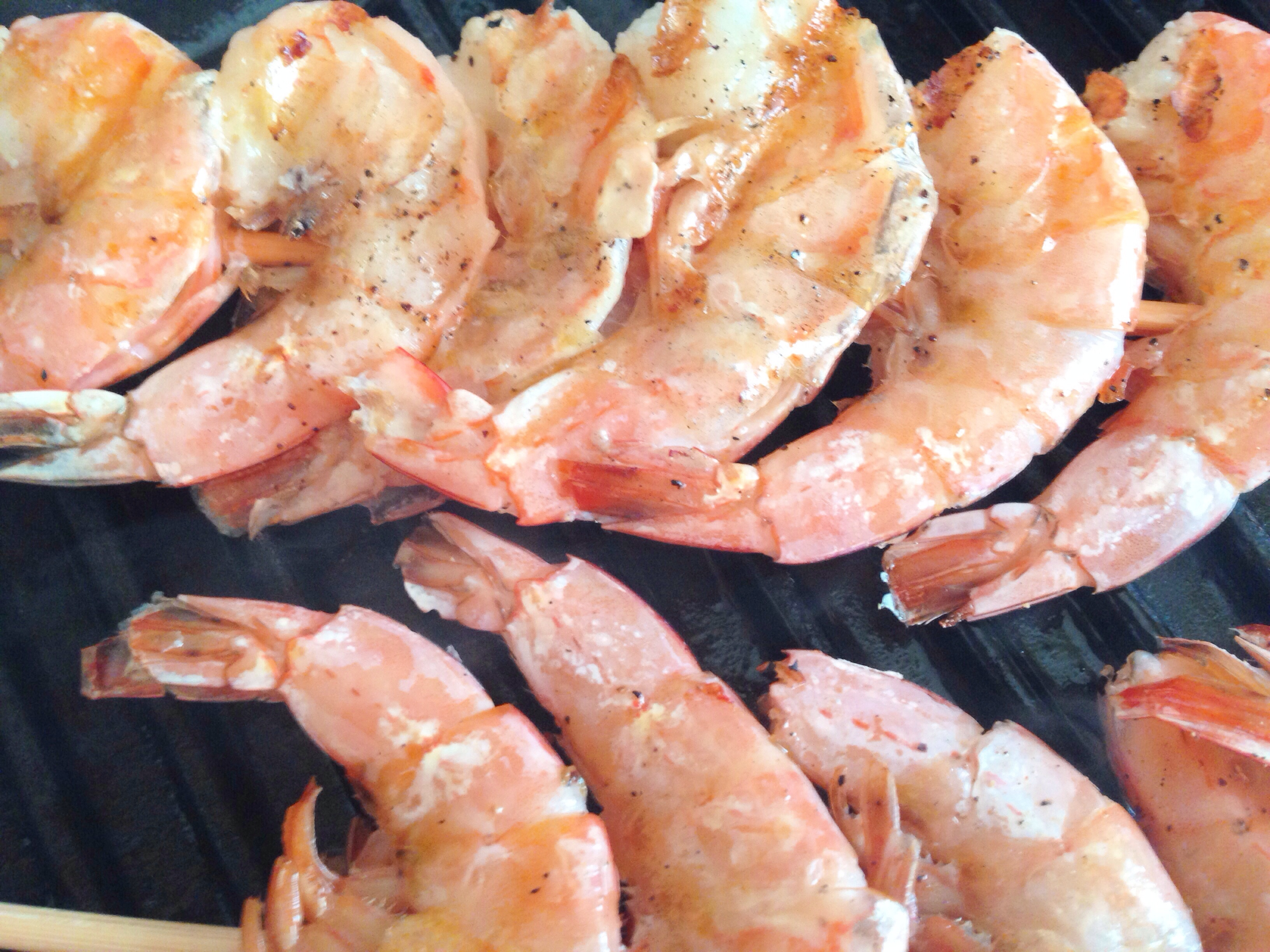 grilled shrimp salad with tarragon-sumac dressing