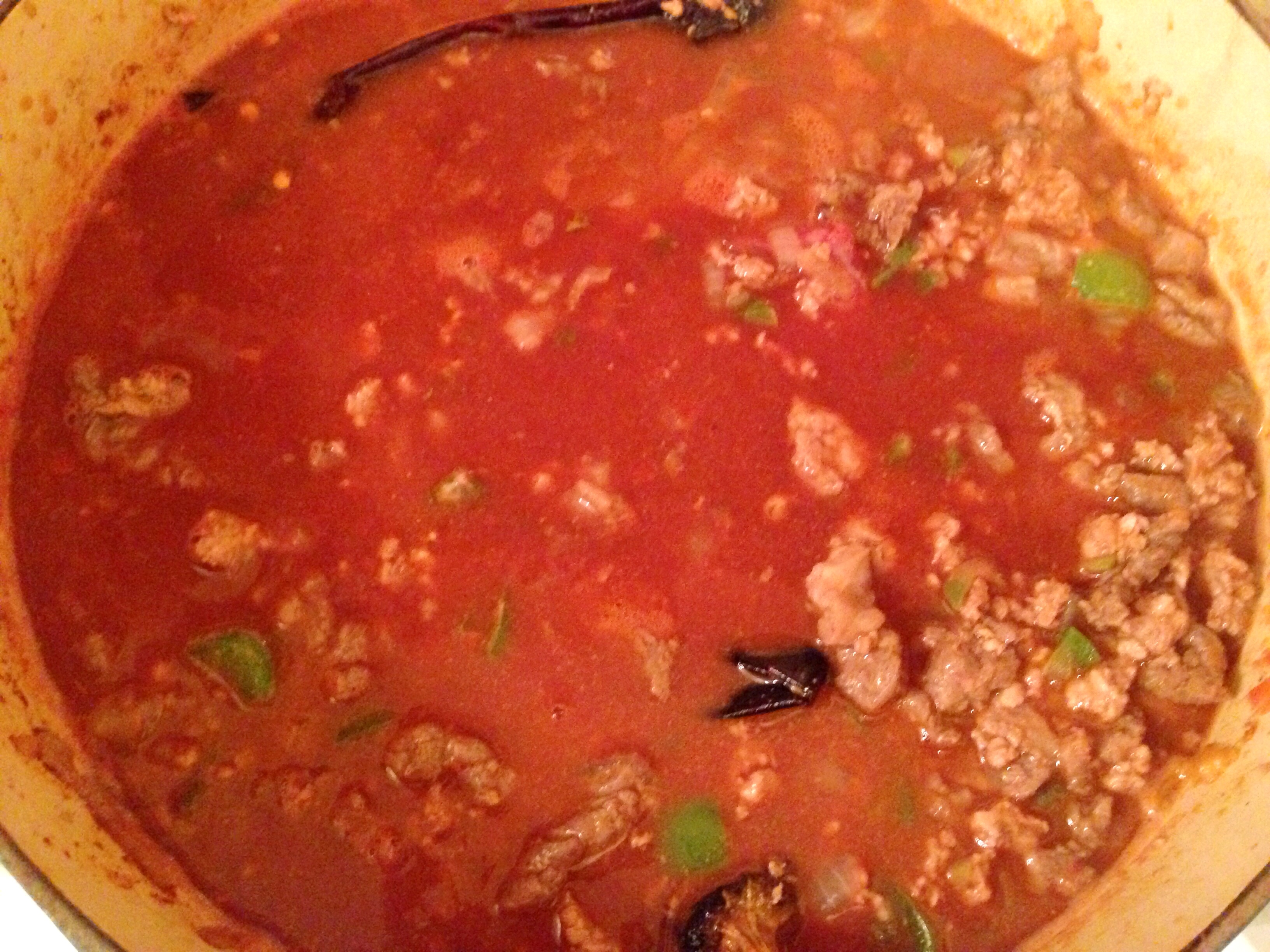 Short Rib-Turkey Chili with Dried California Entero Peppers